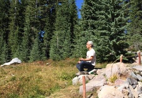 シャスタ山で瞑想