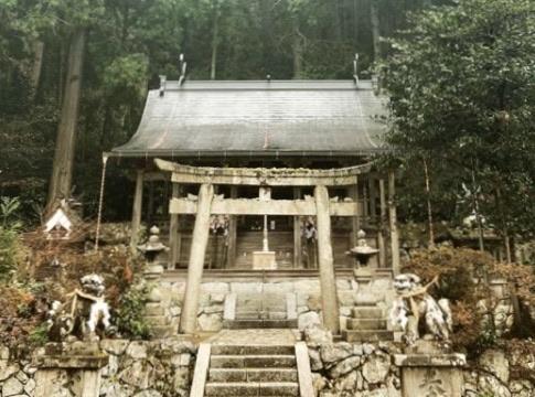 高間彦神社1